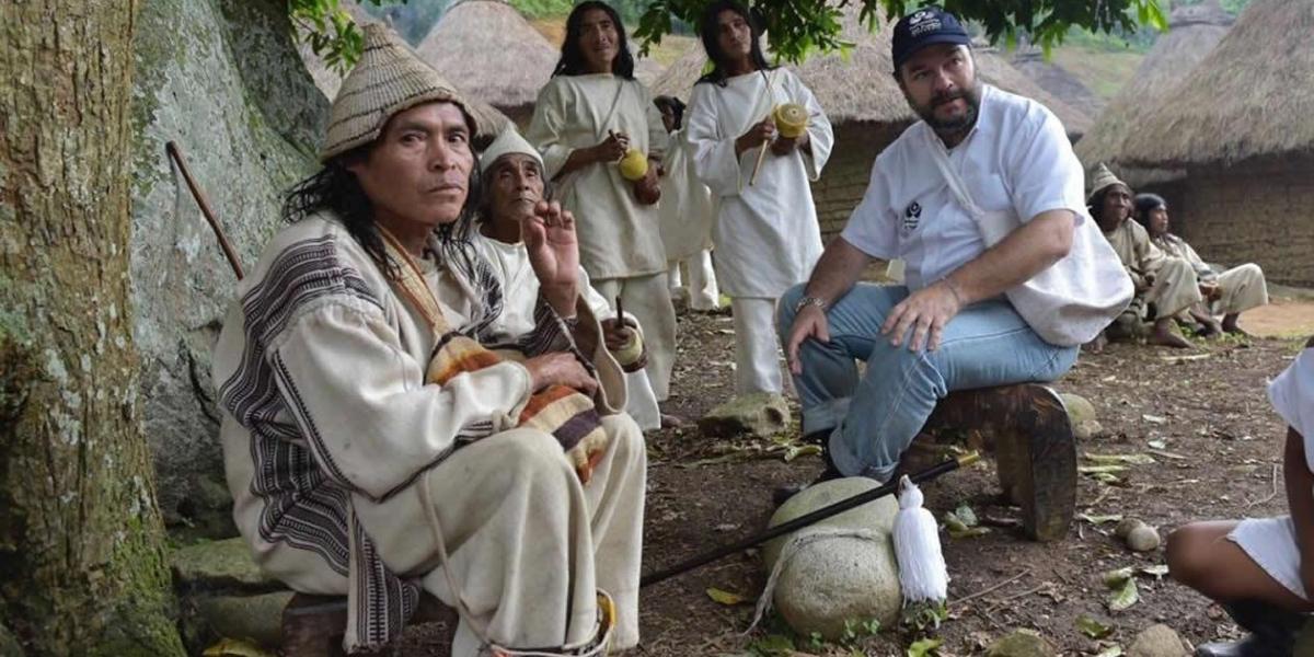 El Defensor del Pueblo, Carlos Alfonso Negret Mosquera, lideró una misión que llegó hasta el asentamiento indígena de Pueblo Nuevo.