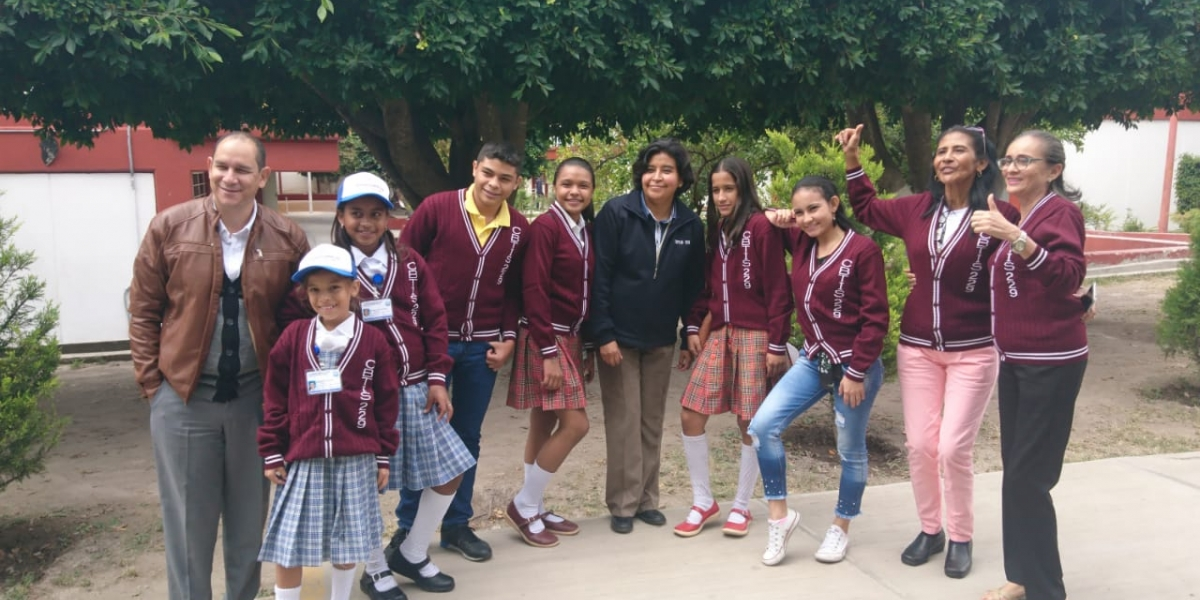 Los nueve integrantes de la delegación magdalenense obtuvieron el derecho de representar a Colombia, en circuitos de ferias de ciencia, tecnología e innovación de Brasil, Argentina y Paraguay.