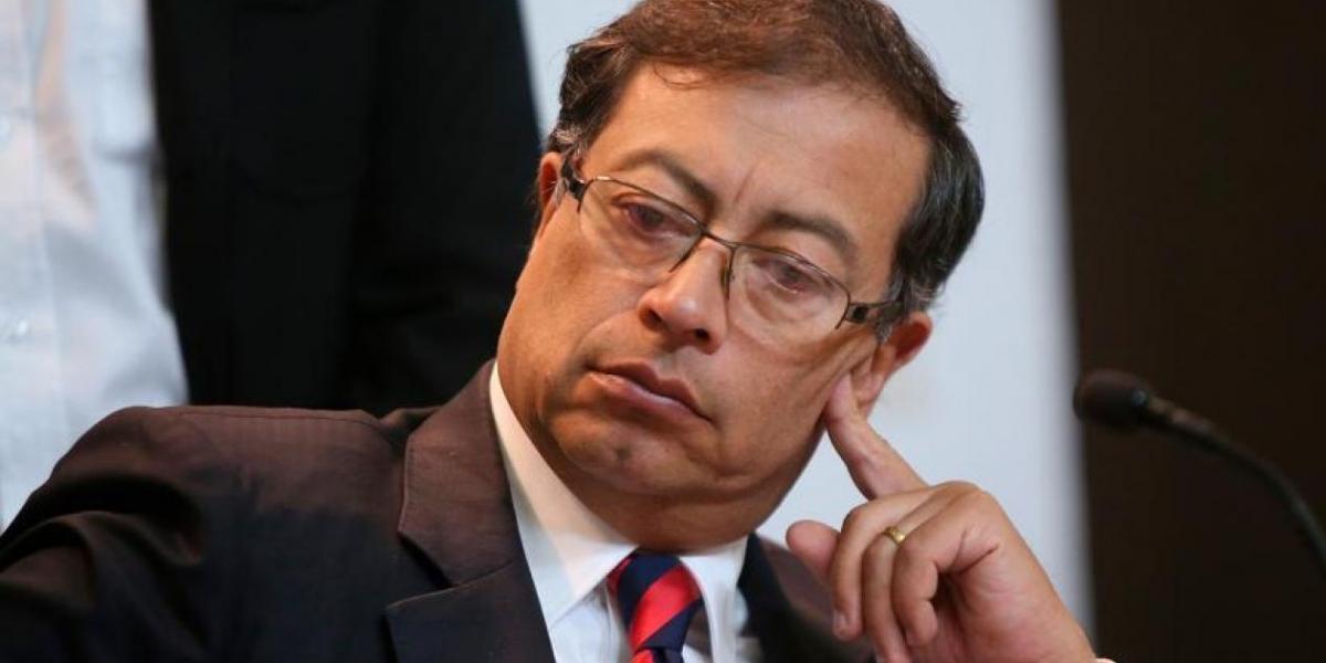 Gustavo Petro, senador.