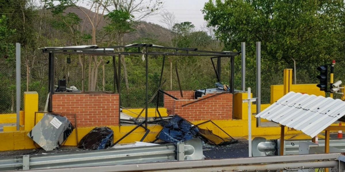 Restablecido el paso vehicular tras los atentados.