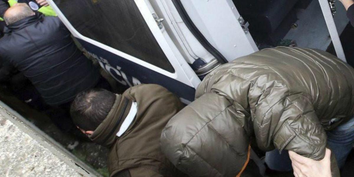 Los detenidos son sospechosos de delitos contra la salud pública, amenazas, coacciones y pertenencia a organización criminal.