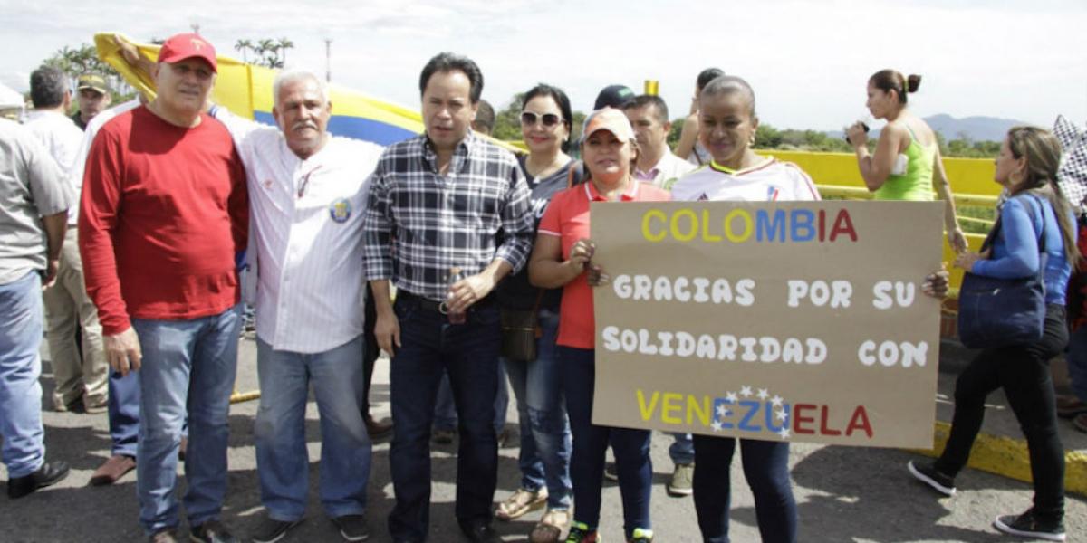 Venezolanos han agradecido la ayuda humanitaria de Colombia.