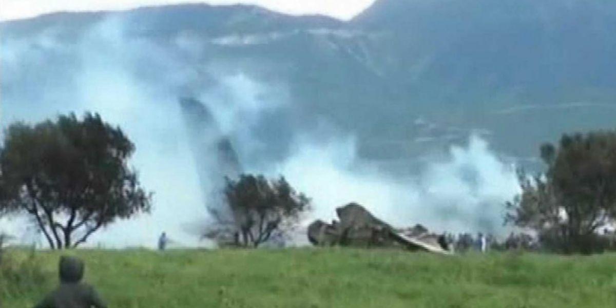 El aparato se ha estrelló poco después de despegar de una base militar con destino a Tinduf.