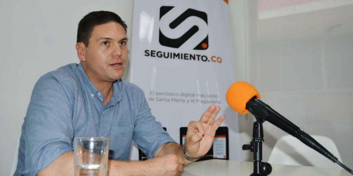 Juan Carlos Pinzón en entrevista con Seguimiento.co.