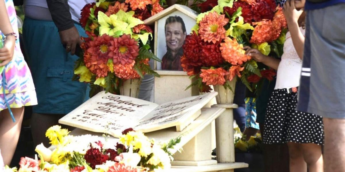 La tumba de Diomedes Díaz, la más visitada durante los días del Festival.