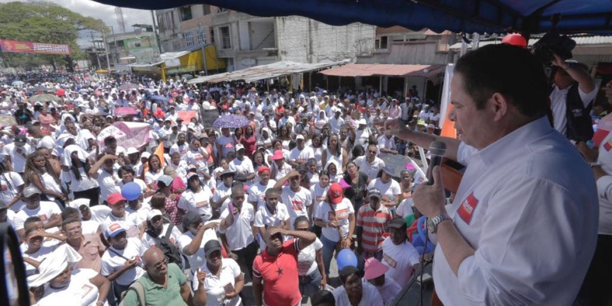 Germán Vargas Lleras durante su intervención en Tumaco.