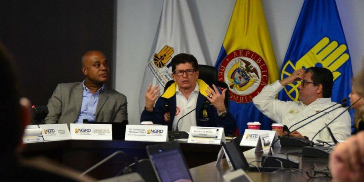 El ministro de Medio Ambiente, el director de la UNGRD y el ministro de Minas.