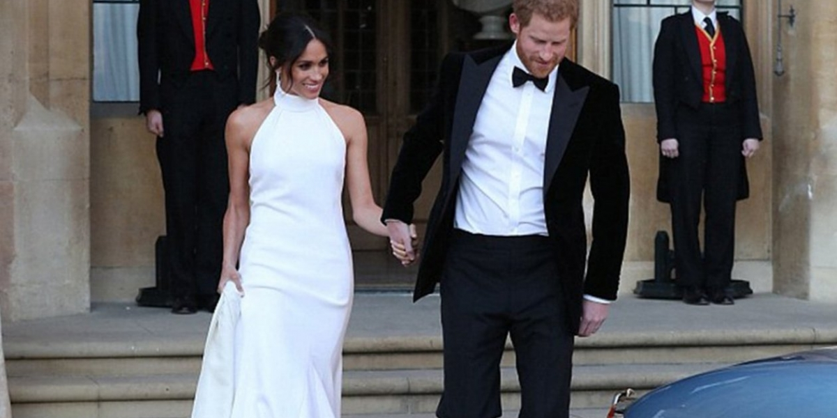 zapatos que uso meghan en la boda con el príncipe harry los diseñó
