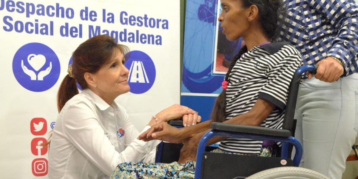 Rosa Cotes, gobernadora del Magdalena, habló con algunas personas beneficiadas para conocer sus historias de vida.