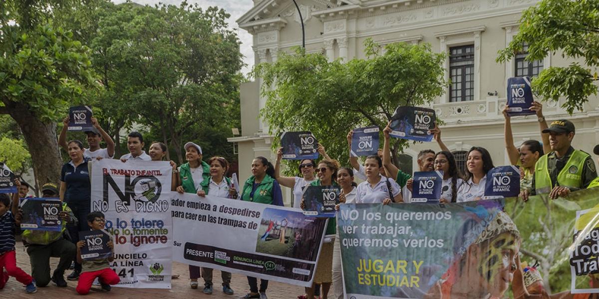 En esta jornada de sensibilización se articuló con el Instituto Colombiano de Bienestar Familiar Icbf, la Oficina del Ministerio del Trabajo, la Policía Metropolitana y el gabinete infantil del Distrito.