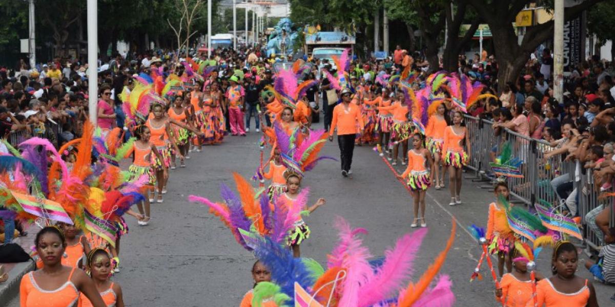 Desfile Folclórico de las Fiestas del Mar 2017.
