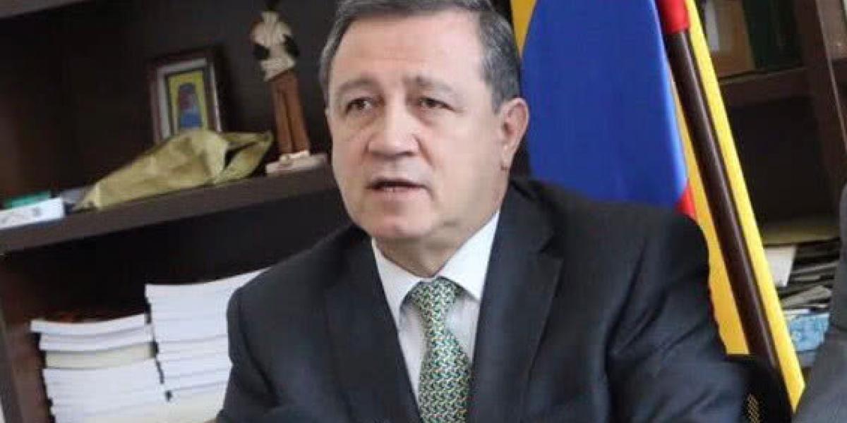 Ernesto Macías, nuevo presidente del Congreso