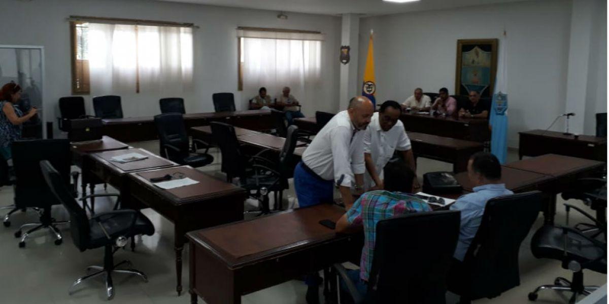 Así se encontraba el Concejo de Santa Marta durante la espera para iniciar la sesión.