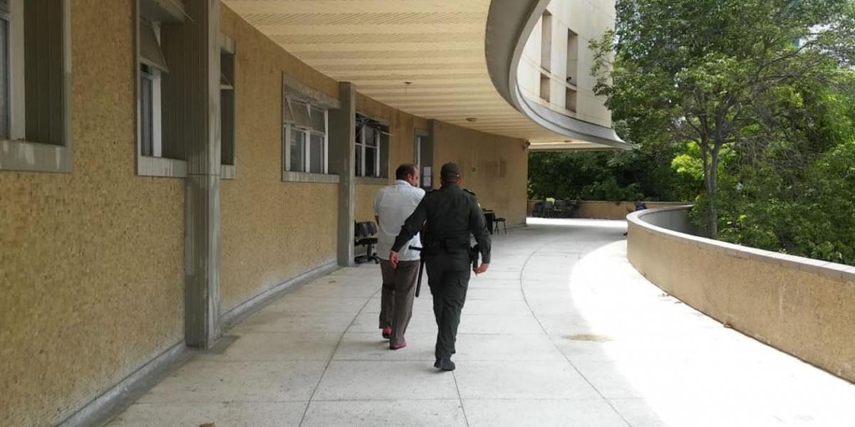 El Juez 18 Penal Municipal decidió enviarlo a la Penitenciaría. El imputado no aceptó cargos.