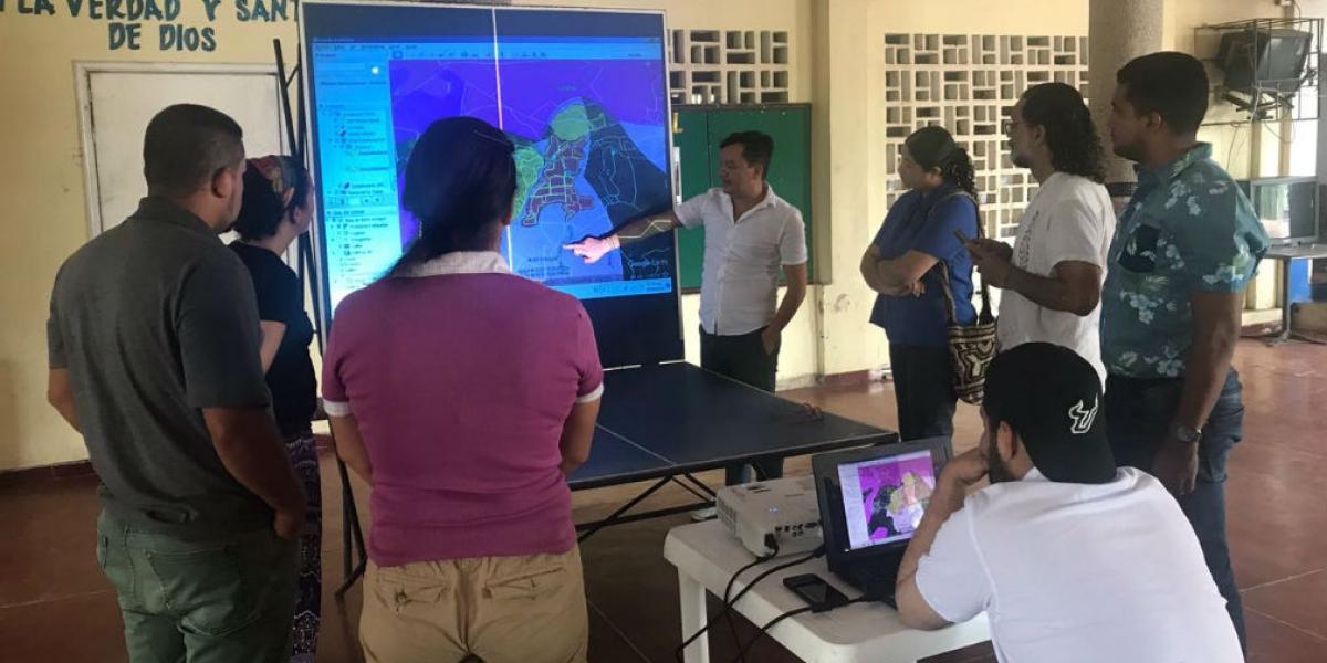 Socialización de propuesta del POT en la zona rural del Distrito.