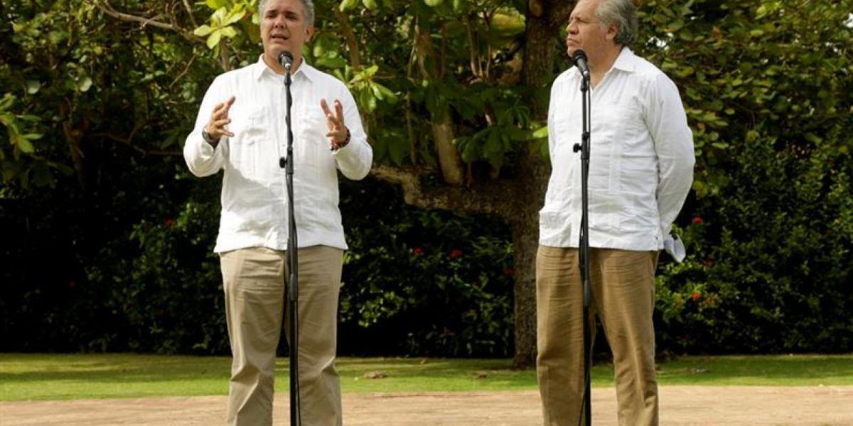 El Presidente Iván Duque y el secretario general de la Organización de Estados Americanos (OEA), Luis Almagro.