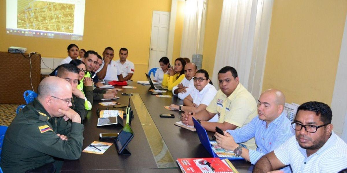 En una reunión se establecieron todas las acciones para garantizar la seguridad de las fiestas.
