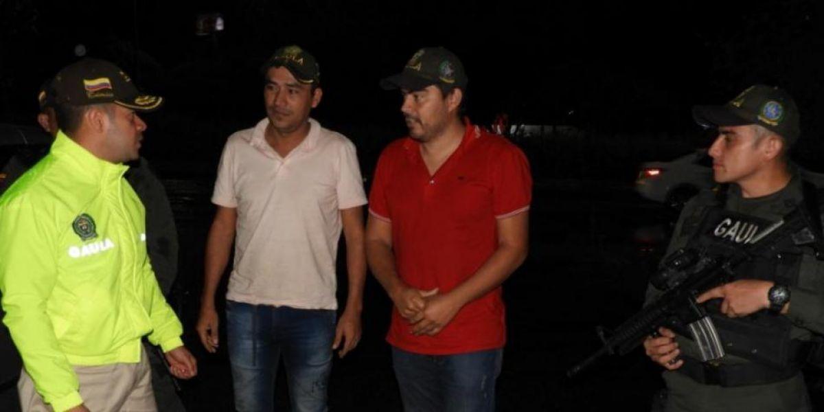 Adalberto Díaz Andrade y Nelson Marino Conde Vera son contratistas independientes de maquinaria y transporte.