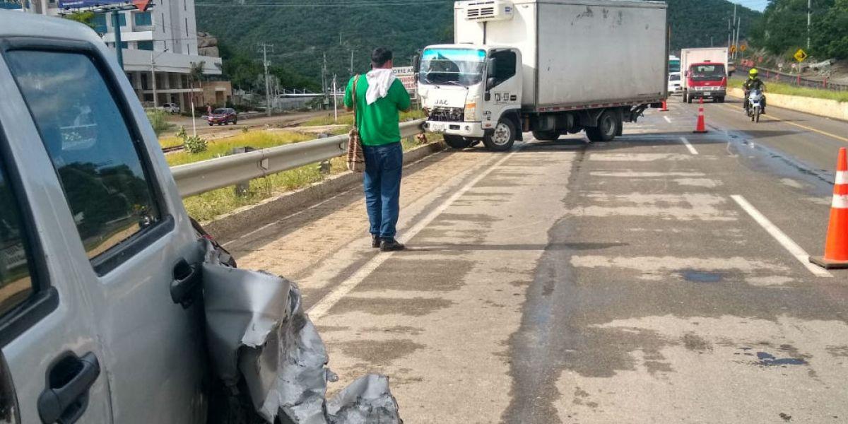 Accidente en la Troncal del Caribe.