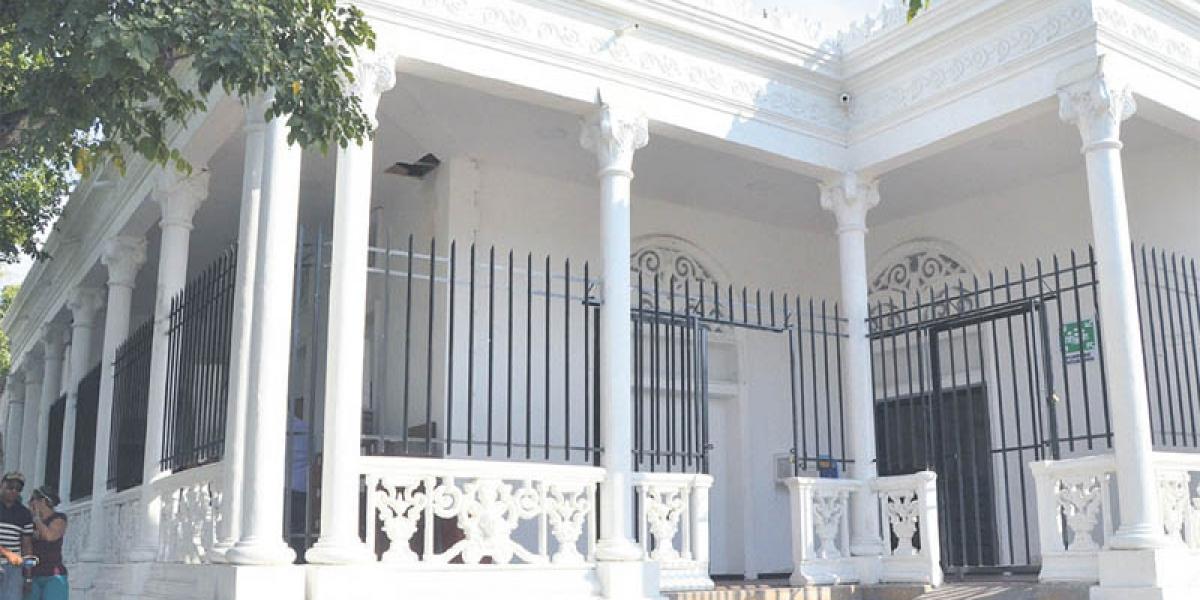 Fachada Contraloría Distrital de Santa Marta