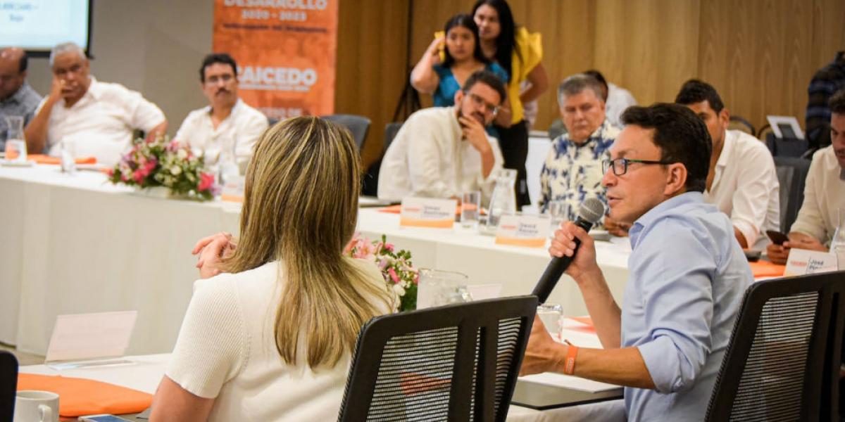 Caicedo expresó que desde que conoció los proyectos emprendió una interacción con la Gobernadora Rosa Cotes para pedirle que pensara en esas otras necesidades prioritarias del Magdalena.