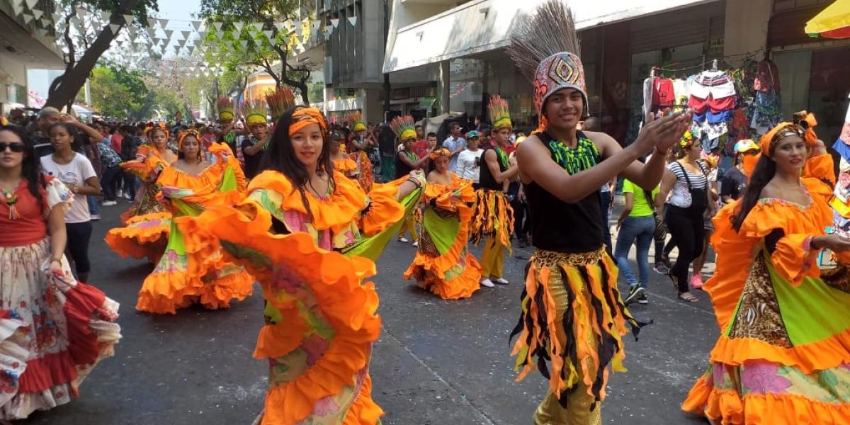 La Alcaldía permite el uso de vías y del espacio público para las manifestaciones culturales, artísticas y tradicionales del Carnaval.
