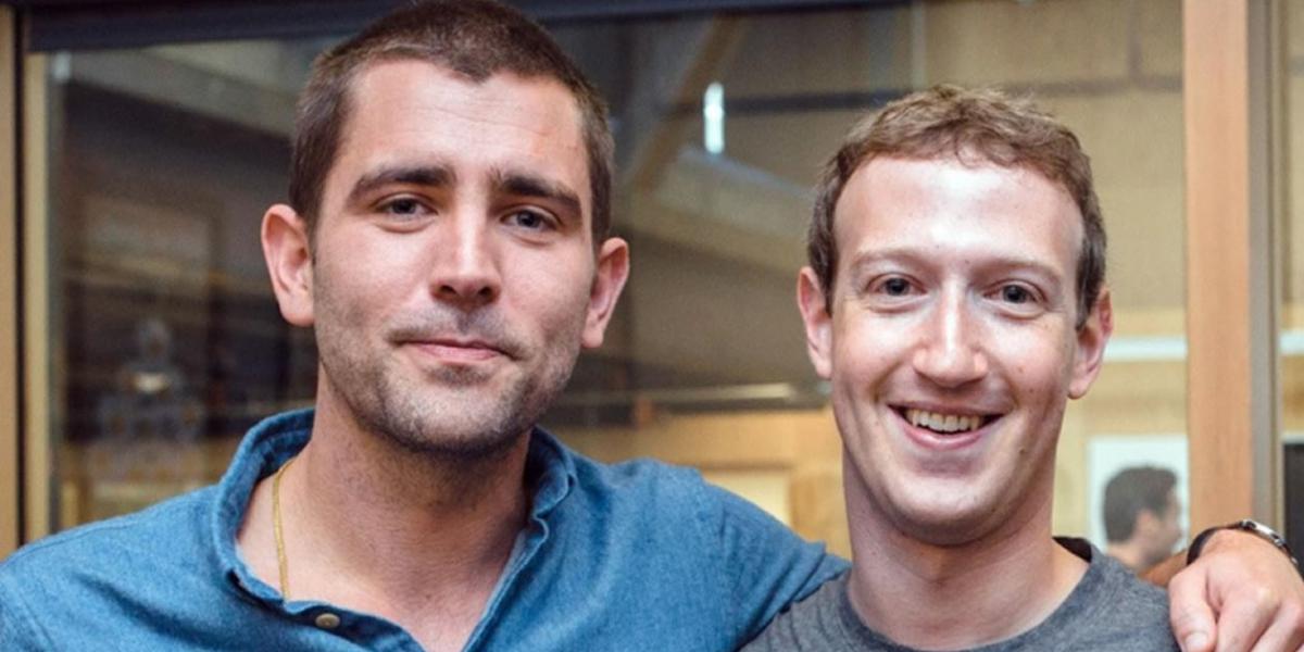 Chris Crox, uno de los primeros ingenieros de software de la compañía - el fundador de la red social Mark Zuckerberg
