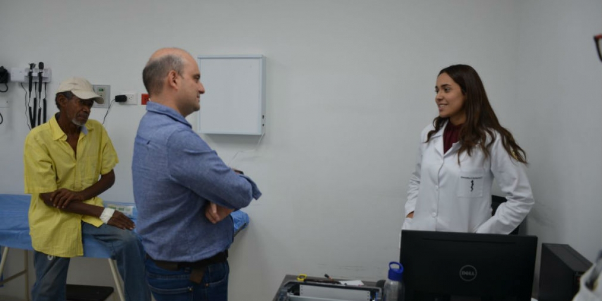 El Viceministro de Salud estuvo en centros de salud de la ciudad.