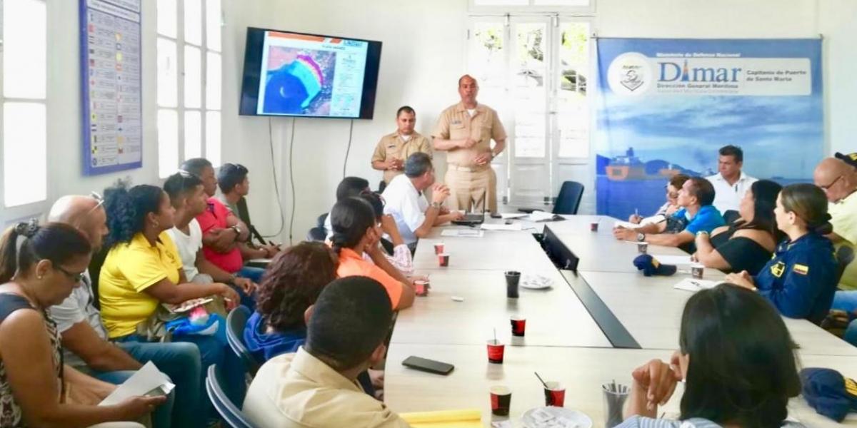 El Capitán de Fragata Ibis Manuel Luna Forbes, Capitán de Puerto de Santa Marta, invitó a los diferentes gremios a cumplir con estas medidas de seguridad.