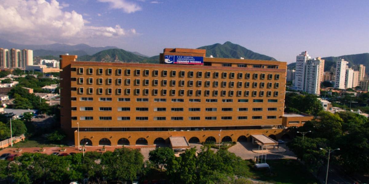 Foto aérea de la sede del hospital Julio Méndez Barreneche.