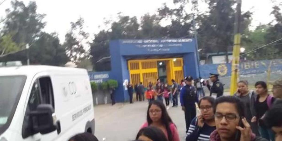 Asesinan estudiante en plena Universidad