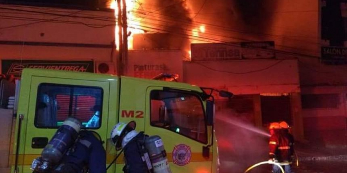 Fotos del local incendiado