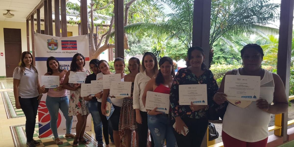 """El proyecto """"familias TIC"""" busca apropiar a las mujeres madres cabeza de hogar y lideresas del Departamento."""
