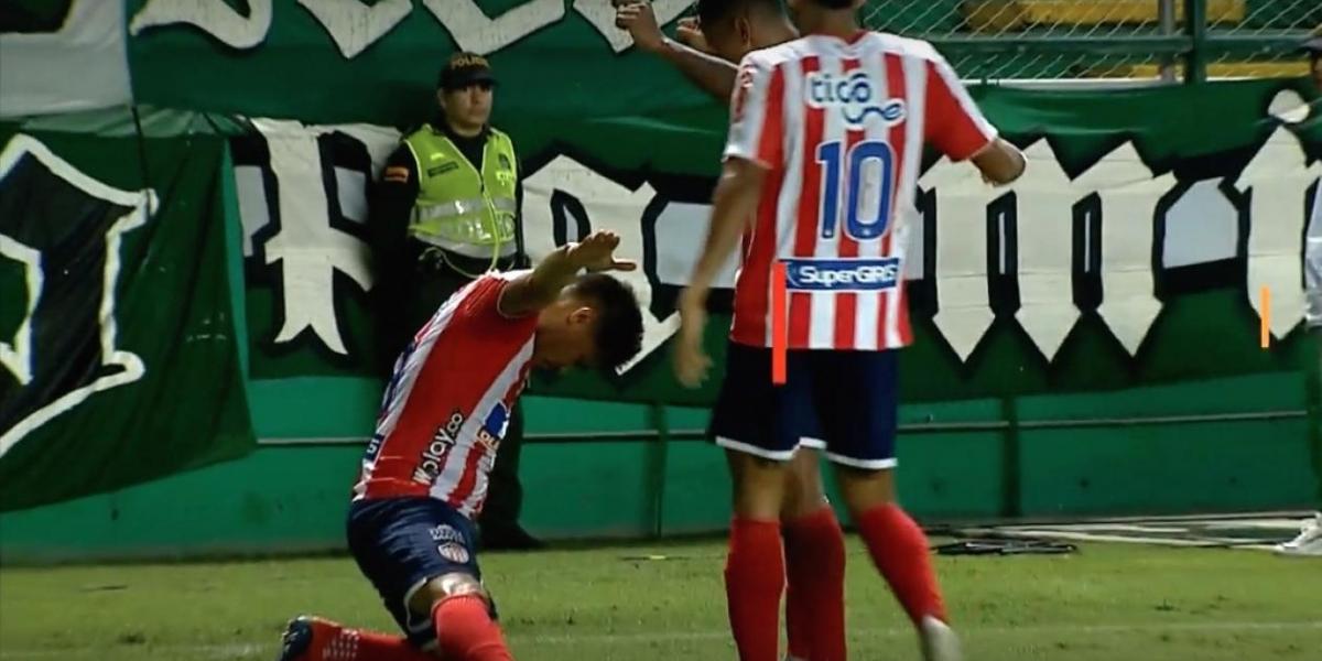 Teófilo Gutiérrez celebrando el segundo gol de Junior.