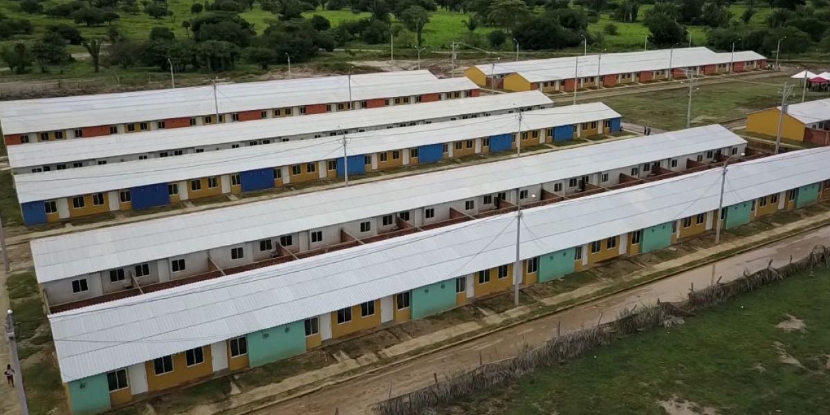 El Magdalena avanza en obras de construcción de viviendas gratuitas en 11 municipios.