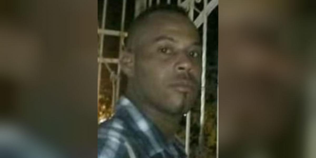Jorge Luis Manjarrez, vendedor que murió tras recibir un impacto de bala accidentalmente, en medio de un atentado criminal en El Pando.
