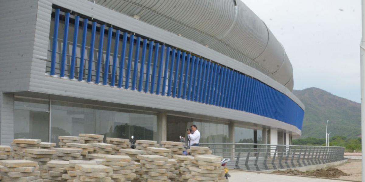 Al estadio le faltan varios detalles para ser entregado.