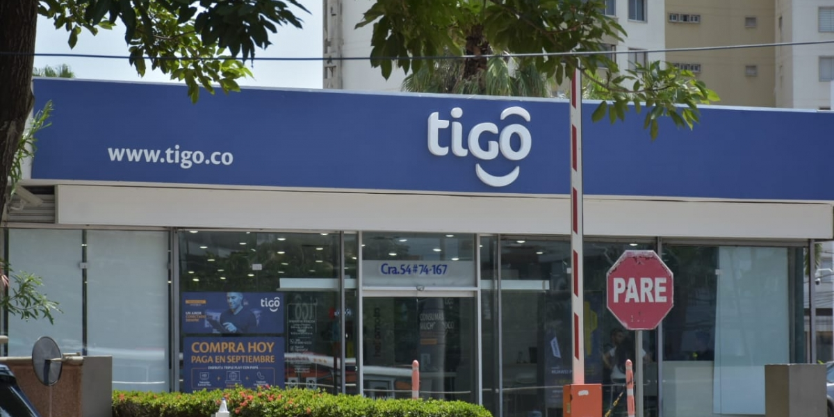 Imagen de referencia de una tienda Tigo en Barranquilla.