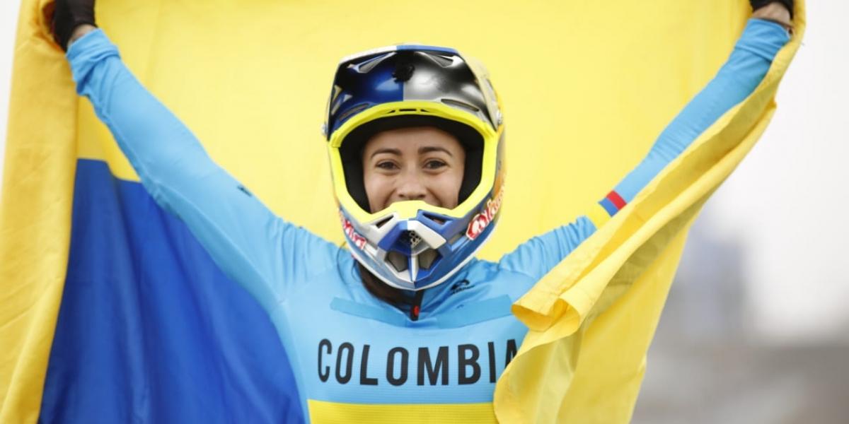 La celebración de Mariana Pajón.