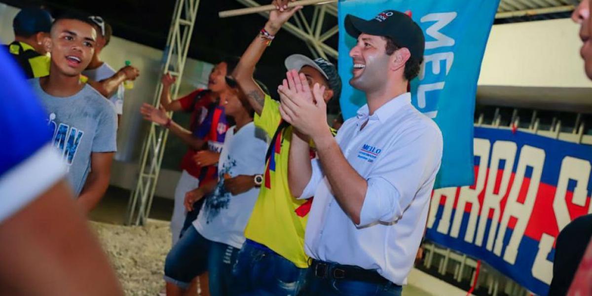 Integrantes de 'La Garra Samaria Norte' manifiestan su apoyo al Mello Cotes