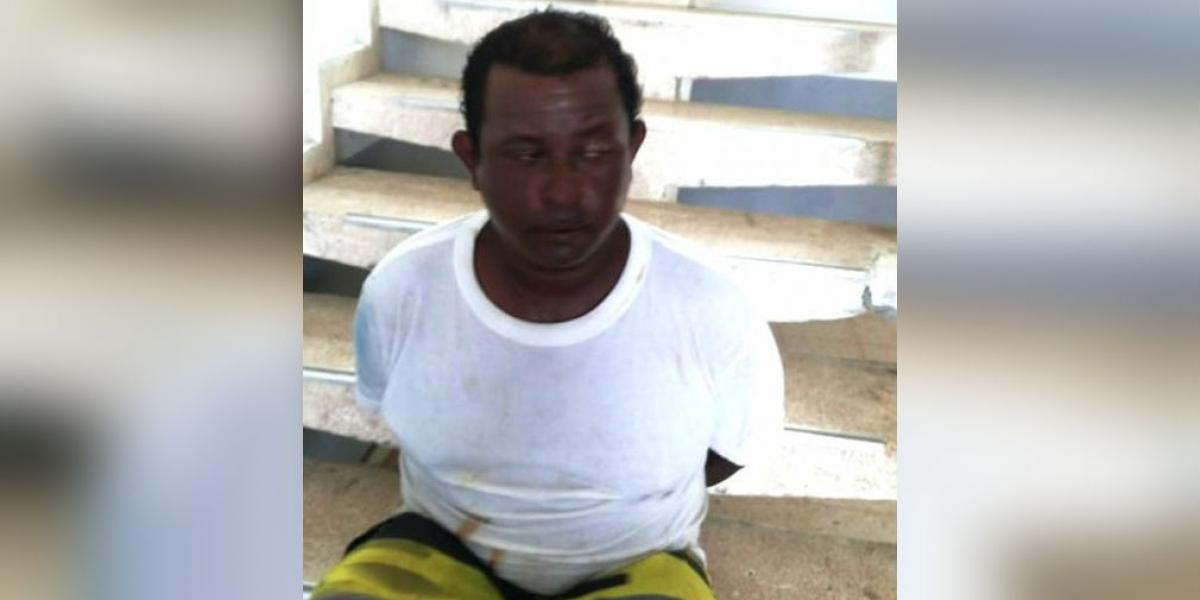 El hombre fue capturado por la Policía por el crimen de su propio papá.