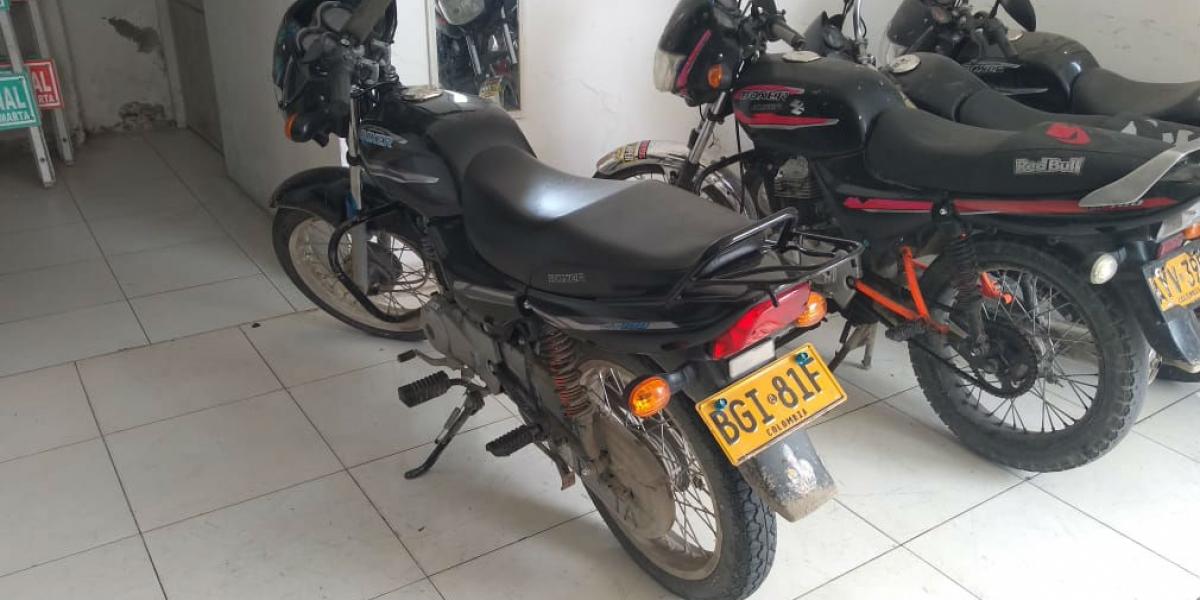 Una de las motos recuperadas.