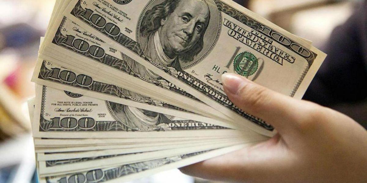 Precio del dólar alcanzó máximo histórico en Colombia