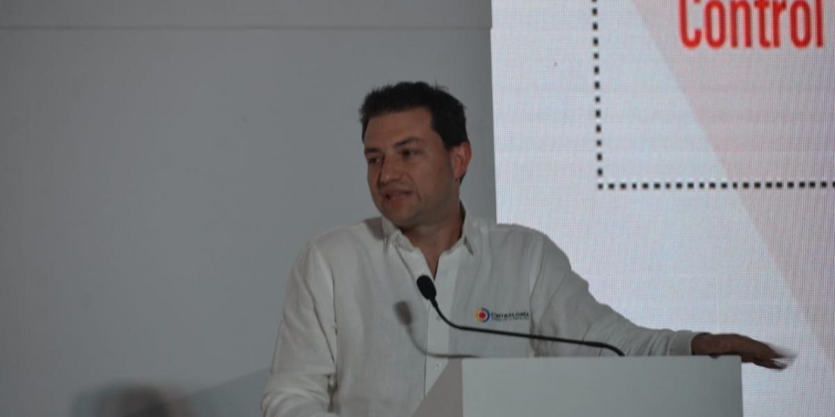 El contralor General de la República, Carlos Felipe Córdoba.