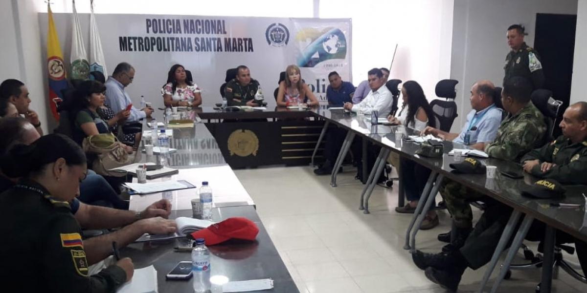 Las autoridades a través de controles y reuniones continúan fortaleciendo las alianzas estratégicas contra el contrabando.