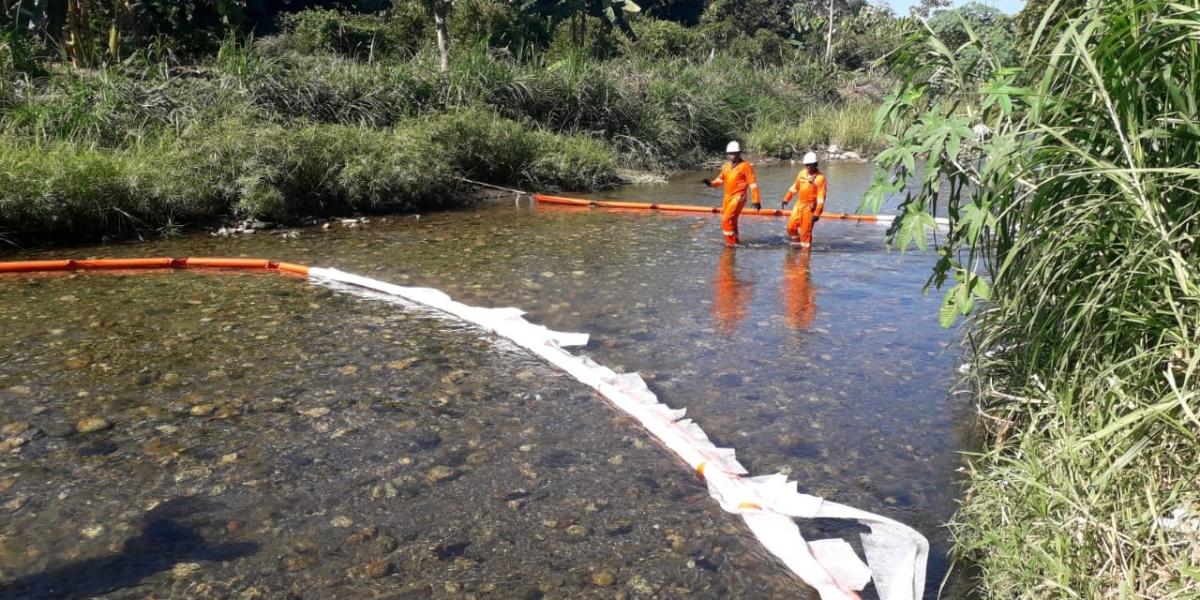 Derrame de hidrocarburo en río Córdoba