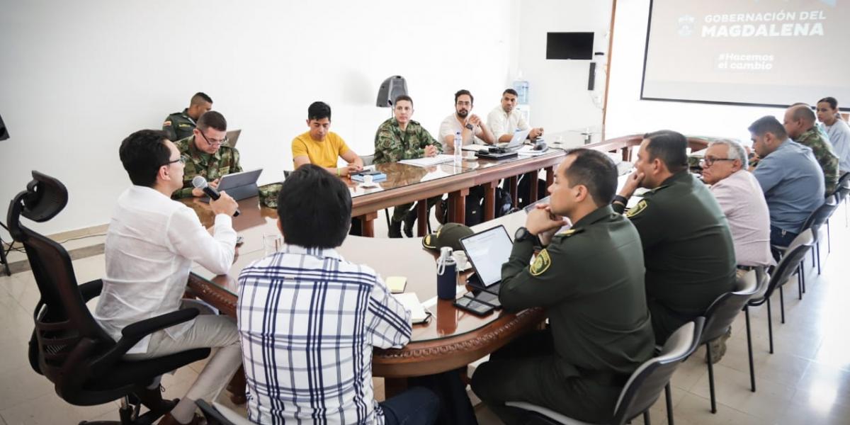 Reunión sobre seguridad en el Magdalena