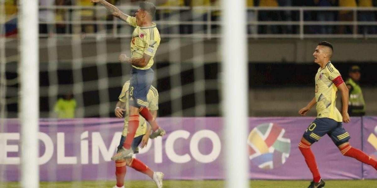 Jorge Carrascal celebra el gol marcado a Argentina.