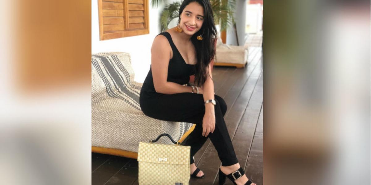 Mayra Poveda, egresada Sergista y emprendedora, logró con su marca Kiwano combinar el zuncho con diseños exclusivos que incorporan elegancia, calidad y comodidad.