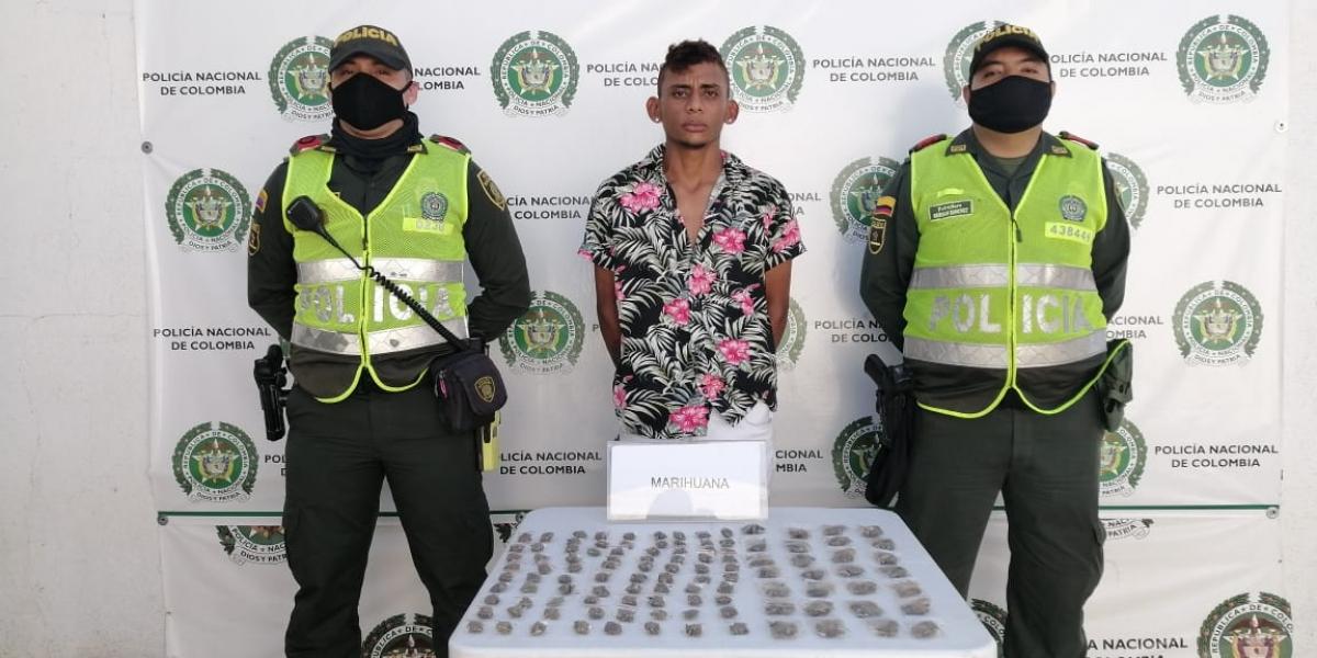 Momento de la judicalización del presunto vendedor de marihuana.